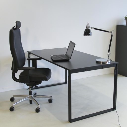 Frame height adjustable desk - with black frame