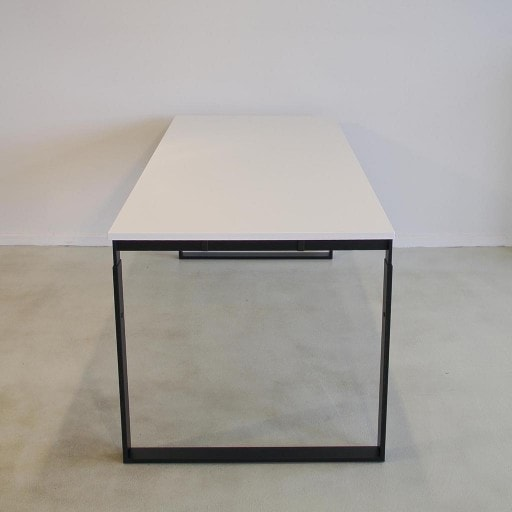 Frame height adjustable desk