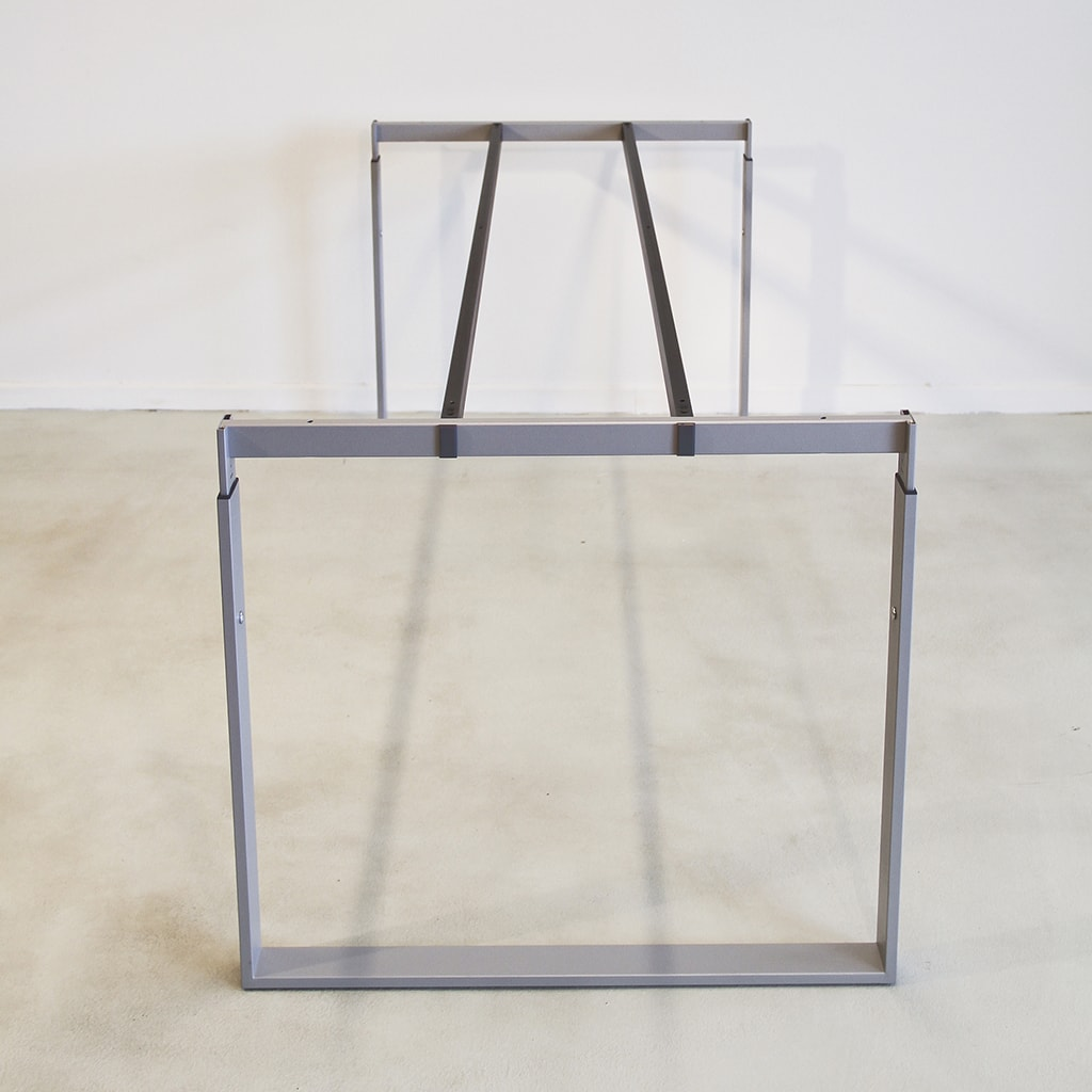 Image of   Frame skrivebord - stel