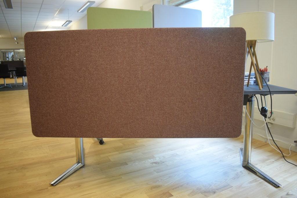 5 stk - Lintex frontmonteret akustisk skrivebordskærm - 140*70 cm. SPAR 83 %