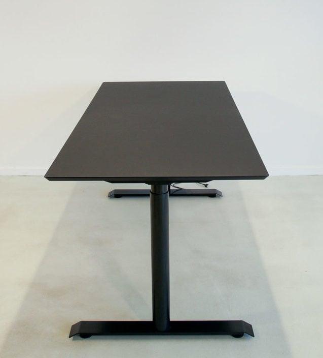 Jazz hævesænkebord - med sort stel