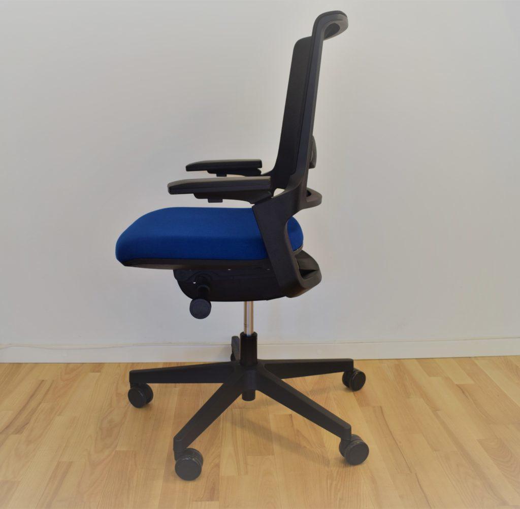Interstuhl MOVY kontorstol med netryg- udstillingsmodel.