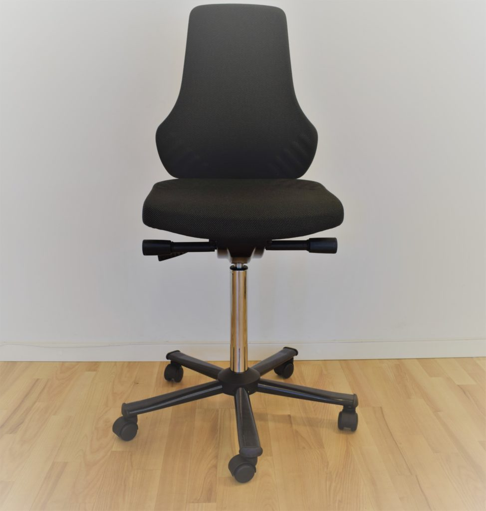 Interstuhl BIMOS kontorstol sort stof - udstillingsmodel.