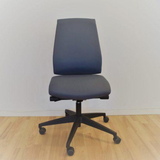 Interstuhl Kontrakt 16 kontorstol gråt stof, høj ryg - Udstillingsmodel.