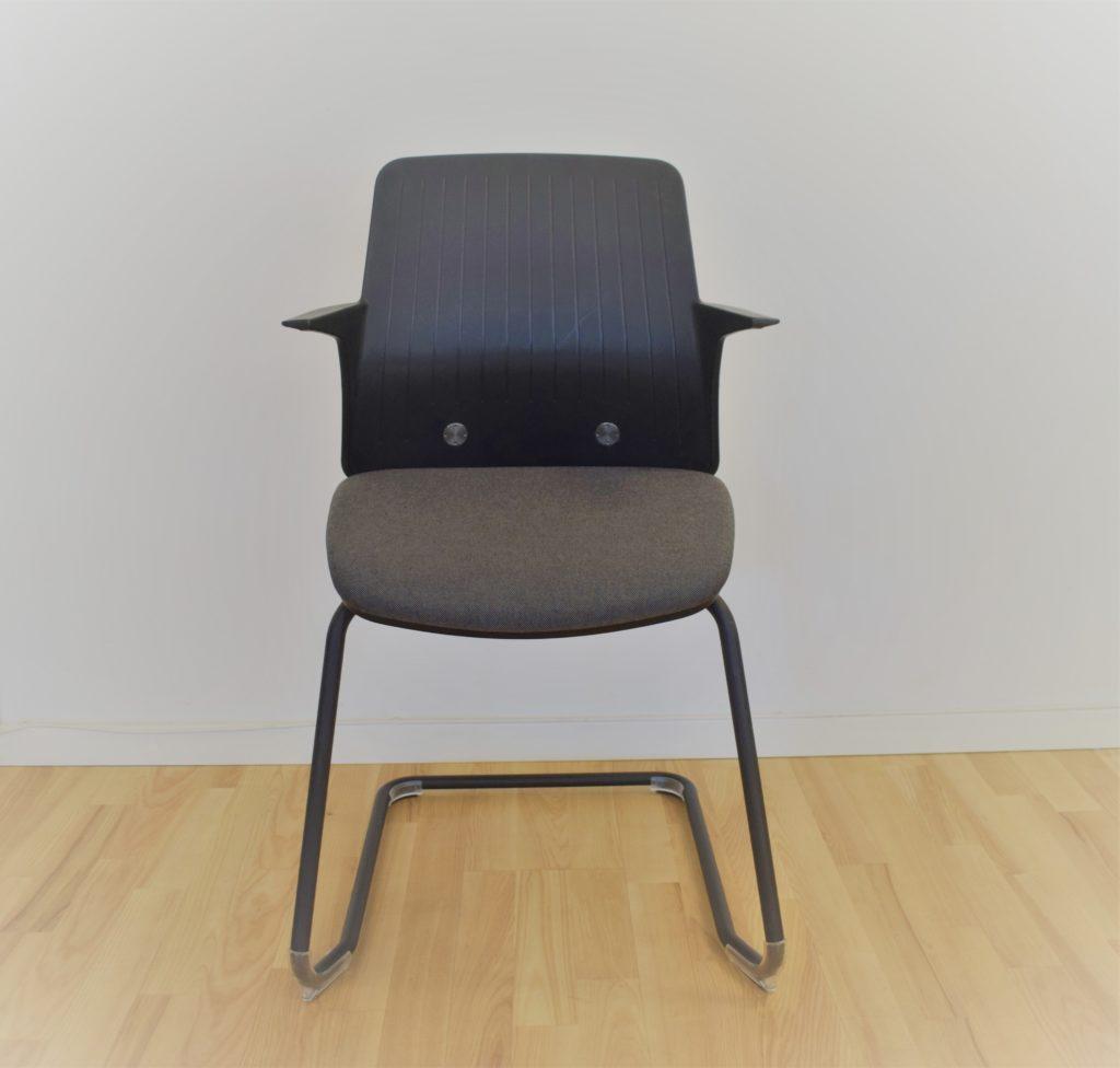 Image of   Every gæste/mødebordsstol