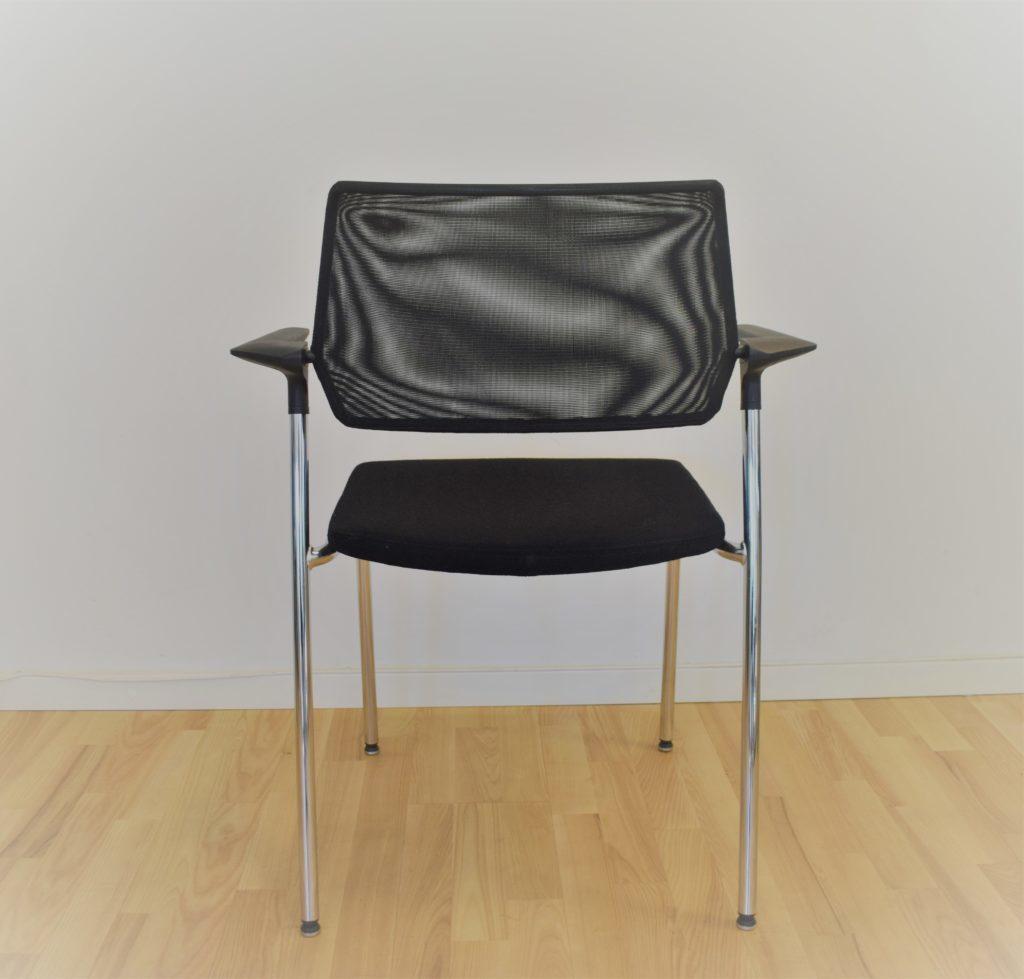 Interstuhl MITOS mødebordsstol - krom stel / sort stof - Udstillingsmodel.