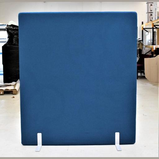 Vildika støjdæmpende skærmvæg BLÅ - 140 cm bred - 160 cm høj. Udstillingsmodel.