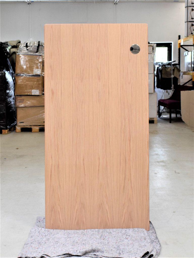 Image of   Eg finer skrivebordsplade med krom kabelrossette - 160*80 cm