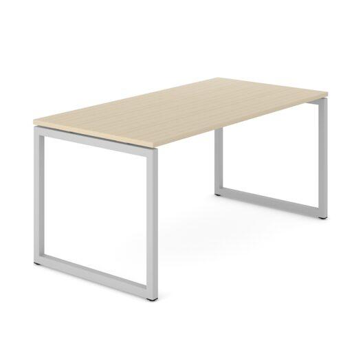 Nova skrivebord - kvadratiske ben i metal