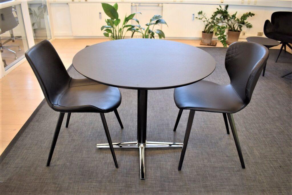 Dan-Form stole - switch mødebord med ø90 cm linoleumsplade- udstillingsmodeller - Spar 50 %